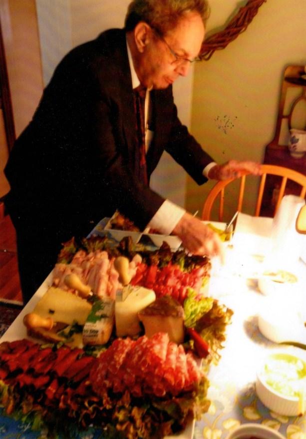Len hits the buffet