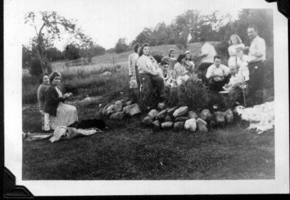 Family Picnic Honey Hill