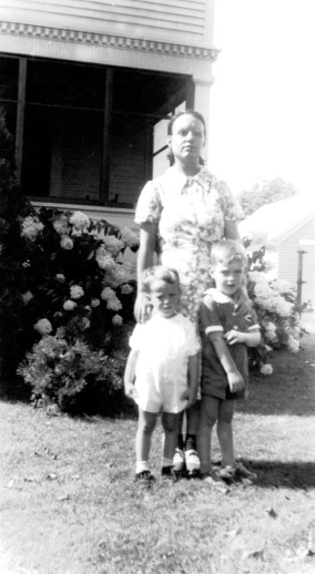Mimi Bill and John
