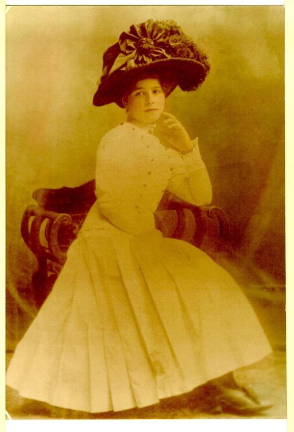 Nana Farina Age 15
